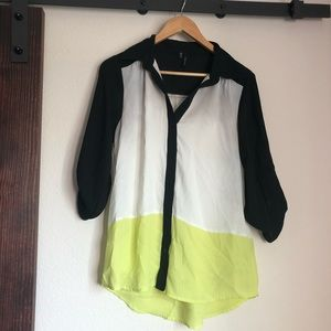 Black, white and yellow Maurices blouse